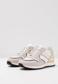 Noclaim - CAROL - Sneakers - beige/platino - 4