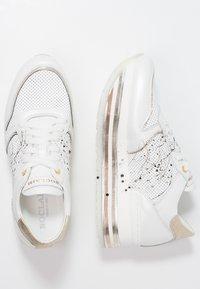Noclaim - LIA - Sneakers - platino - 3