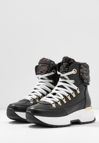 Noclaim - MOON - Lace-up ankle boots - nero - 4