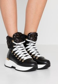 Noclaim - MOON - Lace-up ankle boots - nero - 0