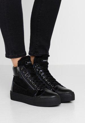 EVA - Sneaker high - nero