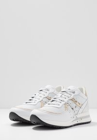 Noclaim - NANCY  - Trainers - oro pollock - 4