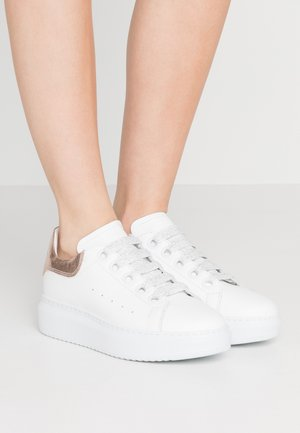 GALA  - Sneakersy niskie - bianco