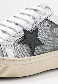 Noclaim - ANDREA  - Trainers - silver - 2