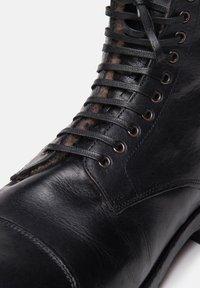 Noclaim - Botines con cordones - black - 5