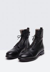 Noclaim - Botines con cordones - black - 2