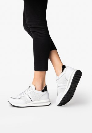 LORY - Trainers - white/silver