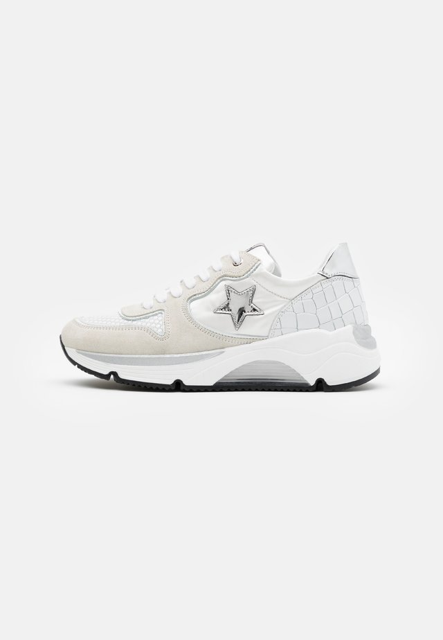 LOGAN  - Sneakers - bianco