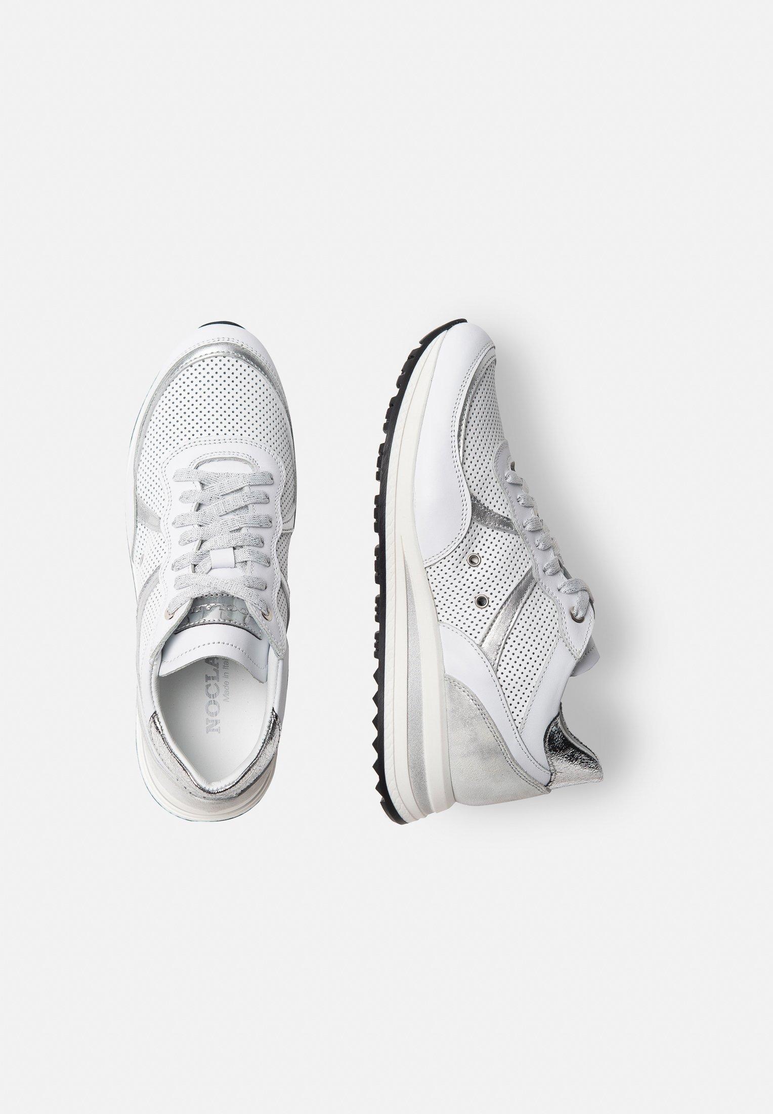 Noclaim NANCY 11A - Sneaker low - argento D41yLT