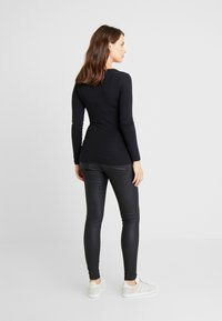 New Look Maternity - Jeans Slim Fit - black - 2