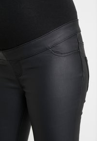 New Look Maternity - Jeans Slim Fit - black - 4