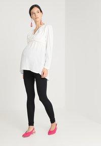 New Look Maternity - 2 PACK - Leggings - black - 1