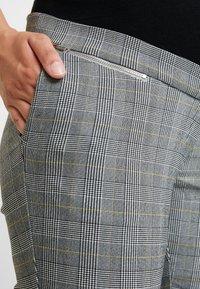 New Look Maternity - CHARLES CHECK BENGALINE TROUSER - Pantalon classique - grey - 4
