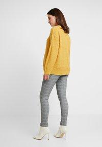 New Look Maternity - CHARLES CHECK BENGALINE TROUSER - Pantalon classique - grey - 2