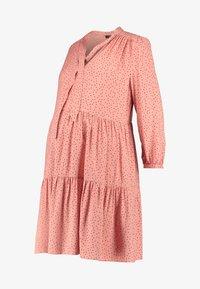 New Look Maternity - RIA DOT SMOCK - Denní šaty - salmon/black - 5