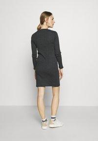 New Look Maternity - POPPER VARY BODYCON - Sukienka z dżerseju - dark grey - 2