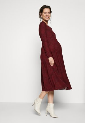 SOFT TOUCH MIDI DRESS - Sukienka z dżerseju - red