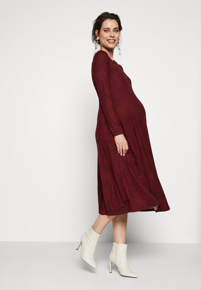 SOFT TOUCH MIDI DRESS - Trikoomekko - red