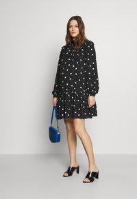 New Look Maternity - FRILL BIB DRESS  - Vestido informal - black pattern - 1