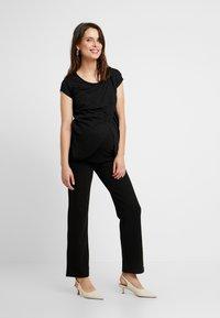 New Look Maternity - NURSING WRAP TEE 2PACK - Triko spotiskem - black - 1
