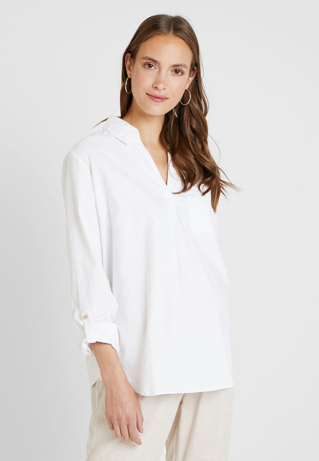 LUCY POCKET - Button-down blouse - white