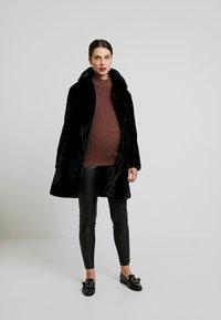 New Look Maternity - MATERNITY LEAD IN COAT - Veste d'hiver - black - 1