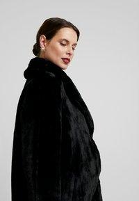 New Look Maternity - MATERNITY LEAD IN COAT - Veste d'hiver - black - 4