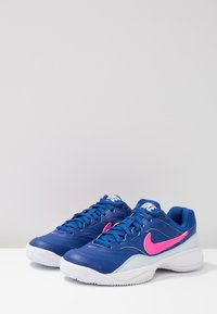 Nike Performance - COURT LITE CLY - Clay court tennis shoes - indigo force/pink blast/half blue/white
