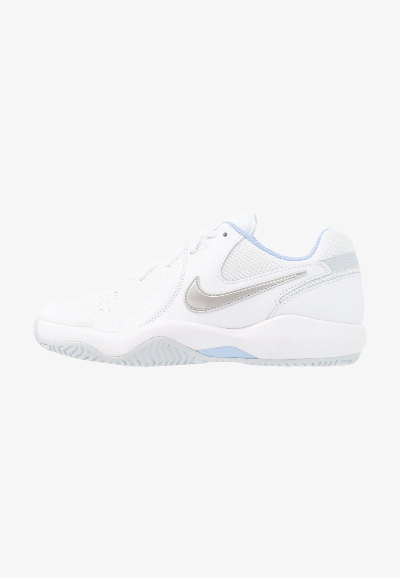 Nike Performance - ZOOM AIR RESISTANCE - Multicourt tennis shoes - white/metallic silver/pure platinum/aluminum