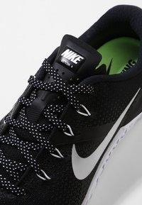 Nike Performance - METCON 4 - Sports shoes - black/metallic silver/white - 5