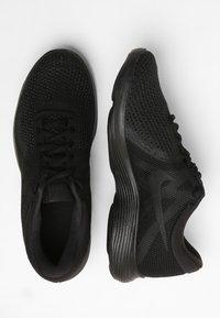 Nike Performance - WMNS REVOLUTION 4 EU - Nøytrale løpesko - black - 1