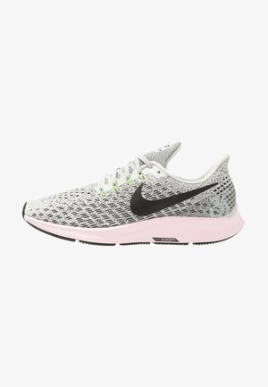 AIR ZOOM PEGASUS 35 - Zapatillas de running neutras - vast grey/black/pink foam/lime blast