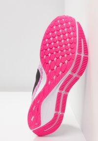 Nike Performance - AIR ZOOM PEGASUS 35 - Juoksukenkä/neutraalit - half blue/black/hyper pink/white - 4