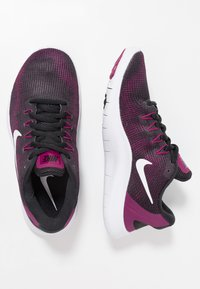 Nike Performance - FLEX 2018 RN - Chaussures de course neutres - black/white/true berry/burgundy ash - 1
