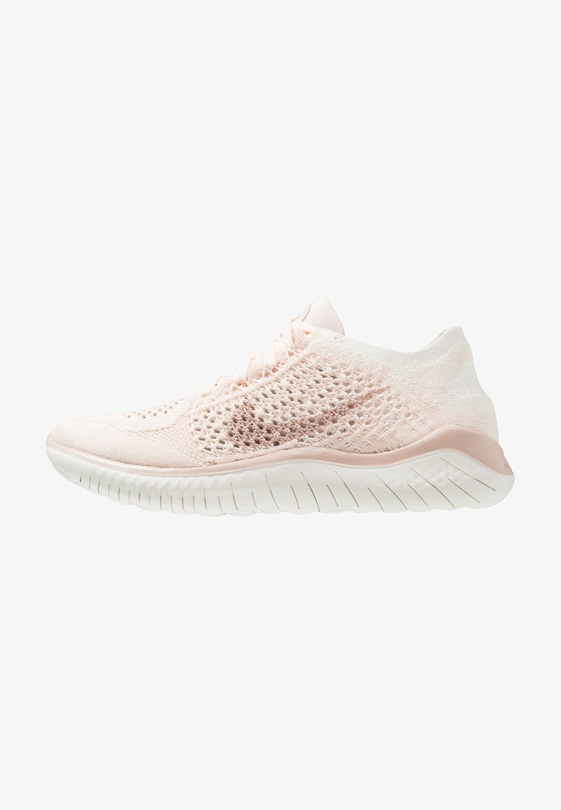 Nike Performance - FREE RN FLYKNIT 2018 - Laufschuh Natural running - guava ice/particle beige/sail/rust pink