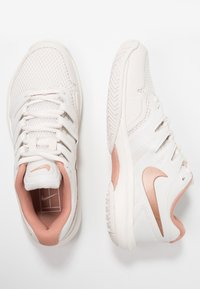 Nike Performance - AIR ZOOM PRESTIGE - Multicourt tennis shoes - phantom/metallic red bronze/rose gold - 1