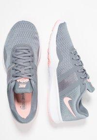 Nike Performance - CITY TRAINER 2 - Zapatillas de entrenamiento - cool grey/oracle pink/wolf grey - 1