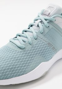 Nike Performance - CITY TRAINER 2 - Scarpe da fitness - ocean cube/white/pure platinum - 5