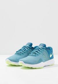 Nike Performance - CITY TRAINER 2 - Treningssko - industrial blue/barely volt/cerulean/white - 2