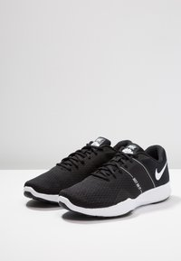 Nike Performance - CITY TRAINER 2 - Sportschoenen - black/white - 2