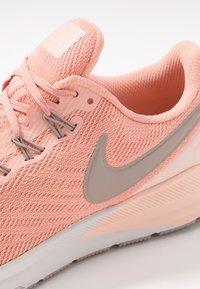 Nike Performance - AIR ZOOM STRUCTURE  - Scarpe da corsa stabili - pink quartz/pumice/washed coral/vast grey - 5