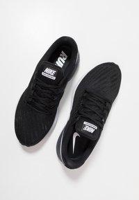 Nike Performance - AIR ZOOM STRUCTURE  - Stabiliteit hardloopschoenen - black/white/gridiron - 5