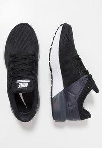 Nike Performance - AIR ZOOM STRUCTURE  - Stabiliteit hardloopschoenen - black/white/gridiron - 1