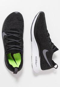 Nike Performance - ZOOM FLY FK - Neutrale løbesko - black/gunsmoke/white - 1