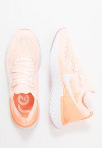 Nike Performance - EPIC REACT FLYKNIT 2 - Hardloopschoenen neutraal - sunset tint/white/orange pulse - 1
