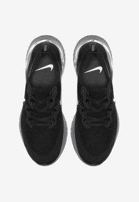 Nike Performance - EPIC REACT FLYKNIT 2 - Hardloopschoenen neutraal - black/anthracite - 1