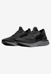 Nike Performance - EPIC REACT FLYKNIT 2 - Hardloopschoenen neutraal - black/anthracite - 2