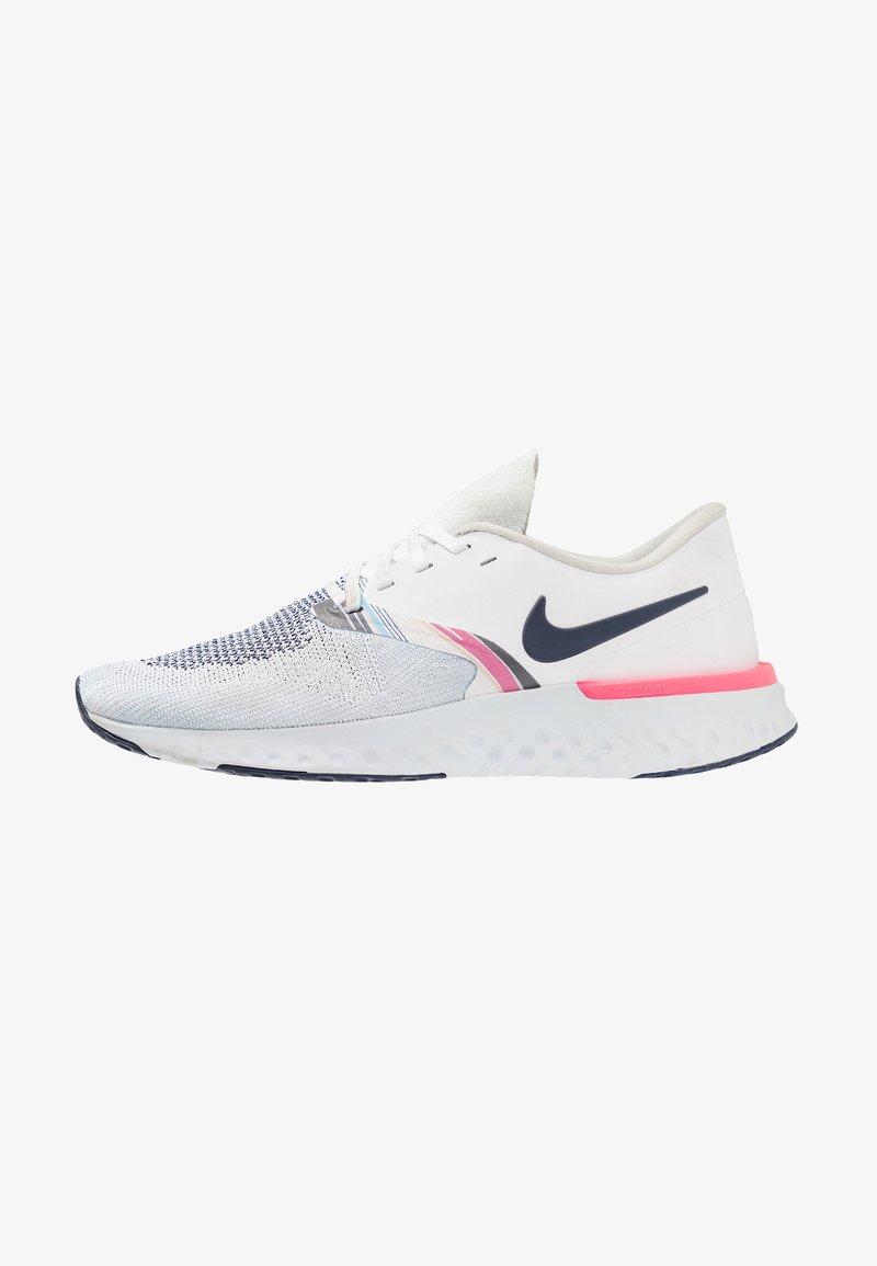 Nike Performance - ODYSSEY REACT - Juoksukenkä/neutraalit - white/blue void/hyper pink