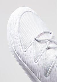 Nike Performance - HYPERFLORA FREE TR ULTRA - Sports shoes - white/racer blue/pure platinum/flash crimson/sail - 5