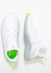 Nike Performance - HYPERFLORA FREE TR ULTRA - Sportovní boty - white/metallic platinum/pure platinum/electric green - 1